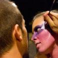 """""""La dolce vita – Ferragosto Festival"""", dal 13 al 19 agosto, ha fatto rivivere il bodypainting alla città di Verona. Il veronese Riccardo Chiavenato si è esibito sul corpo di una bellissima ragazza e ci ha spiegato cos'è per lui il bodypainting."""